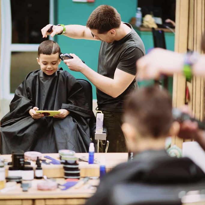 Чоловіча індустрія краси: черкаський барбер Давид Тодуа розповів про ультрамодну професію