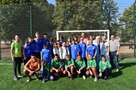 У новому навчальному році Матусівська громада подарувала дітям та молоді нове футбольне поле