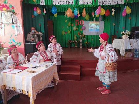 У Балаклеївській громаді вітали з 50-річчям відому на всю область «Журавку»