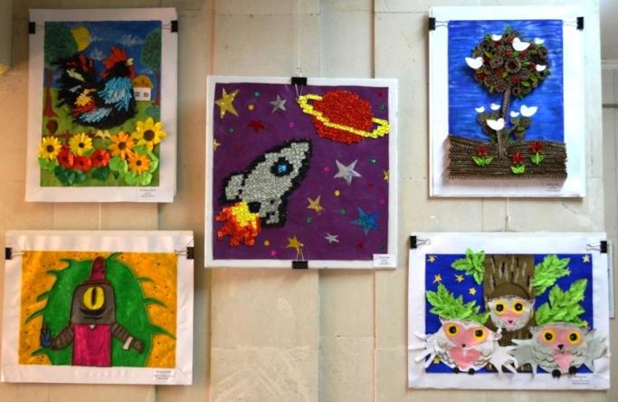 Виставка дитячих творчих виробів «Світ навколо тебе» відкрилася в Обласній бібліотеці для дітей