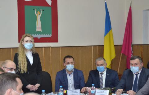 18 березня у малій залі Будинку рад відбулася зустріч голови Черкаської районної державної адміністрації Валерії Бандурко з головами ОТГ