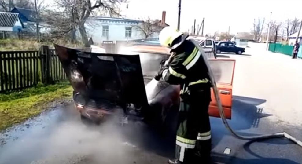 У Шполі та Черкасах горіли автомобілі (відео)