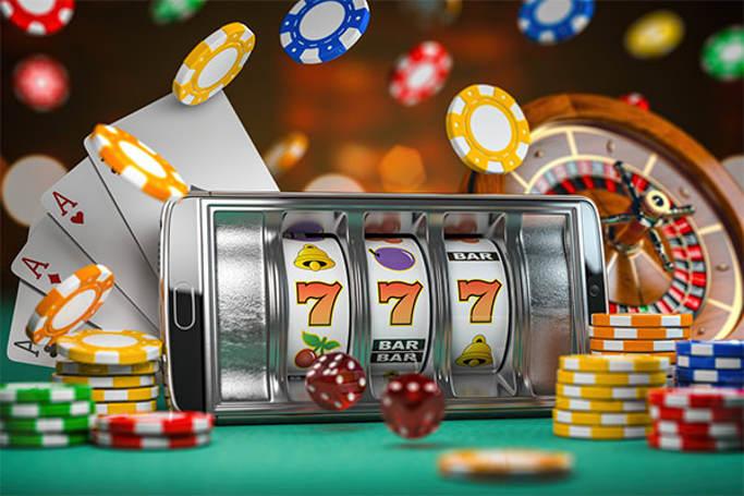 Отличия игры в автоматы на телефоне от ПК