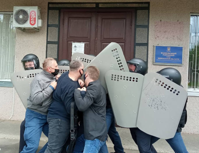 На Жашківщині вперше пройшли тактико-спеціальні навчання служби судової охорони