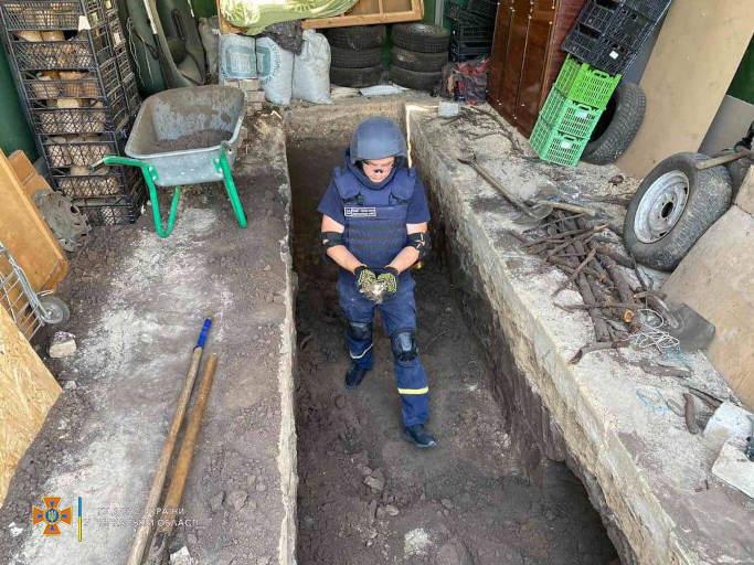 На Черкащині сапери знищили 108 вибухонебезпечних предметів (фото)