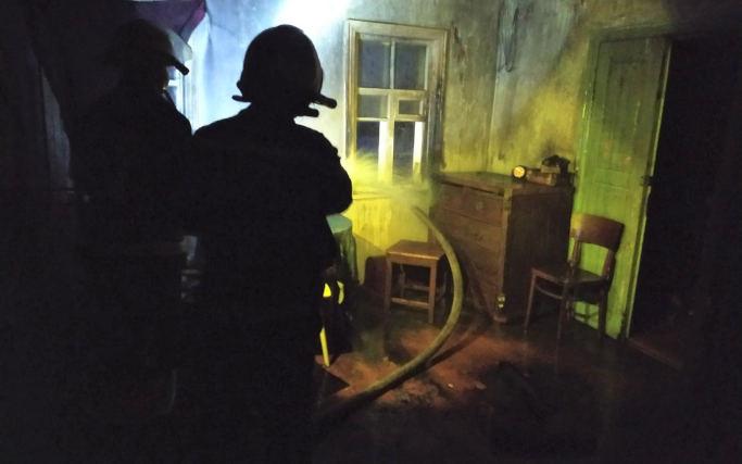 У Черкаському районі на пожежі врятовано чоловіка (фото)