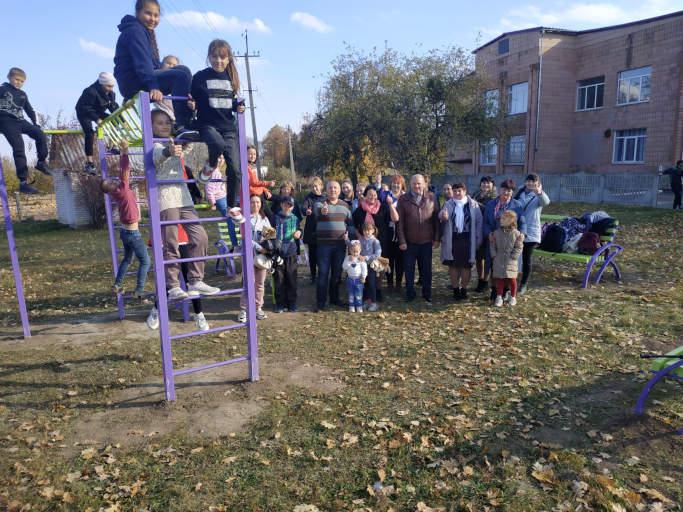 У селі Собківка відкрили «активний парк» (фото)
