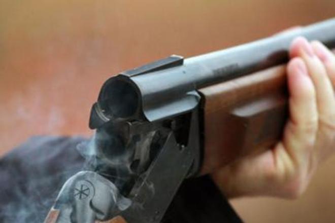 На Драбівщині чоловік поранив трьох товаришів з рушниці