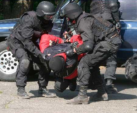 Жителю Черкащини оголошено про підозру в сприянні та участі в терористичній діяльності