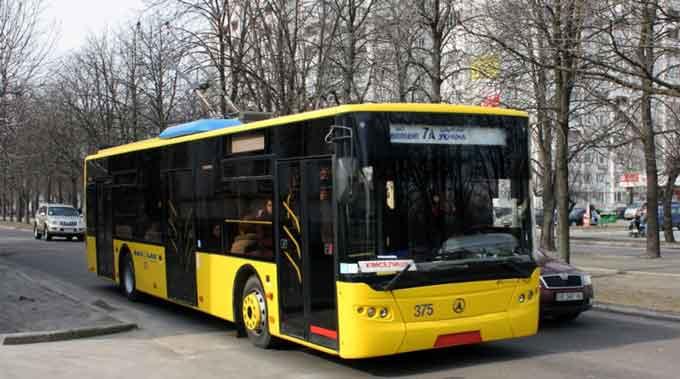 Черкащанам пропонують безкоштовно вивчитись на водіїв тролейбуса