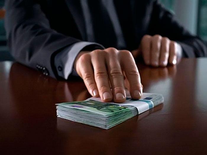 Депутатам Черкаської міськради пропонували гроші за голосування по імпічменту меру